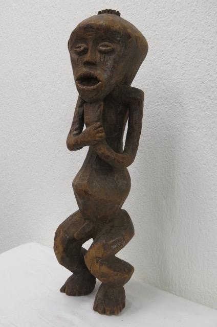 Statue 19